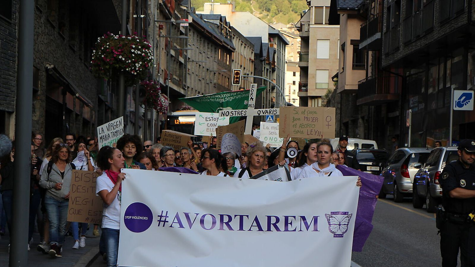 Una de les manifestacions de Stop Violències a Andorra per reclamar que les dones puguin avortar.