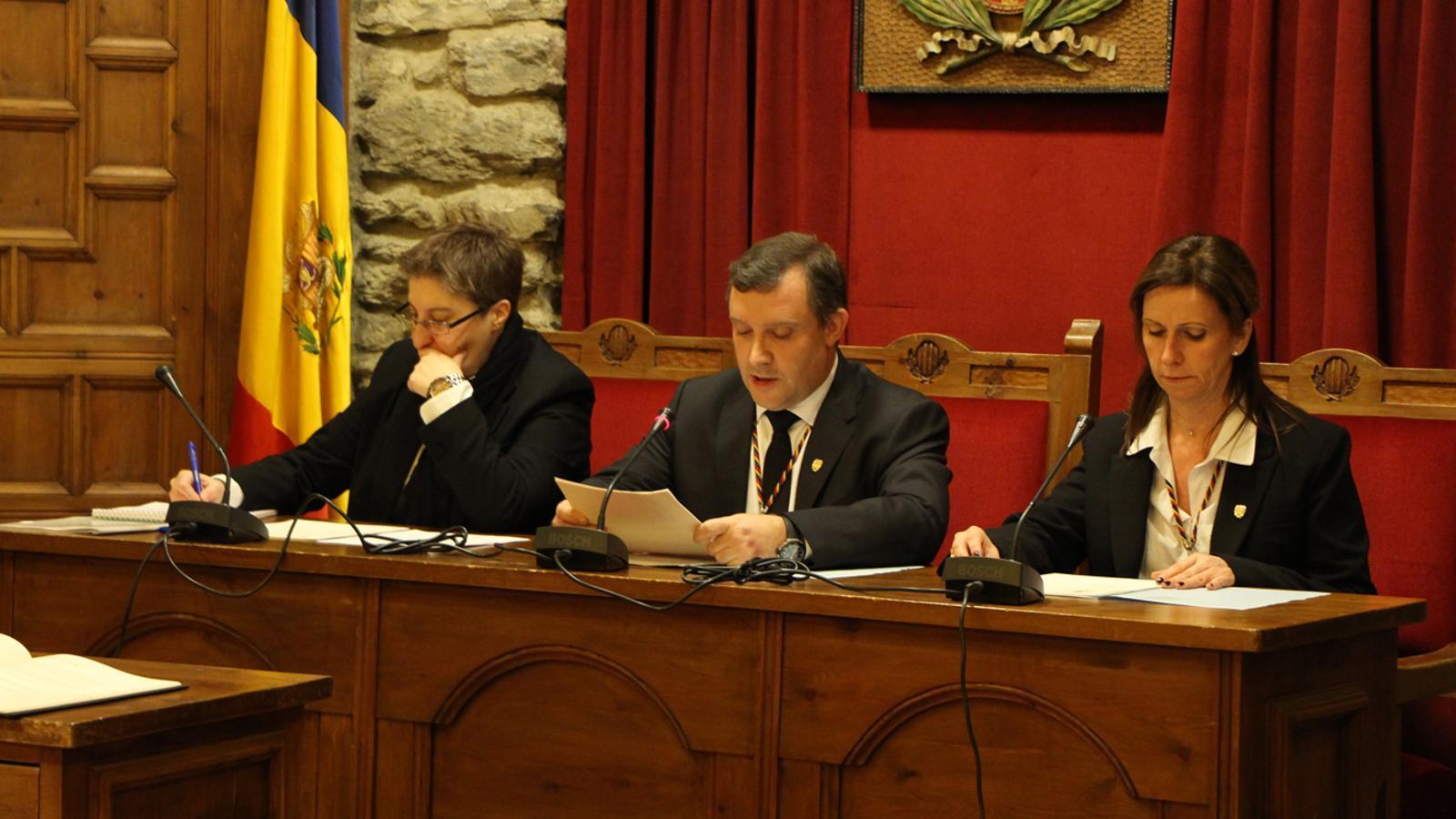 Un moment de la sessió de consell de comú celebrada aquest dijous a Sant Julià. / M. P. (ANA)