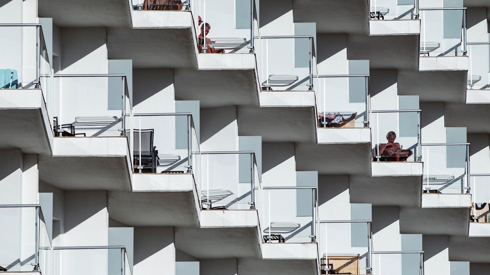 Vista de la façana d'un hotel de Torremolinos