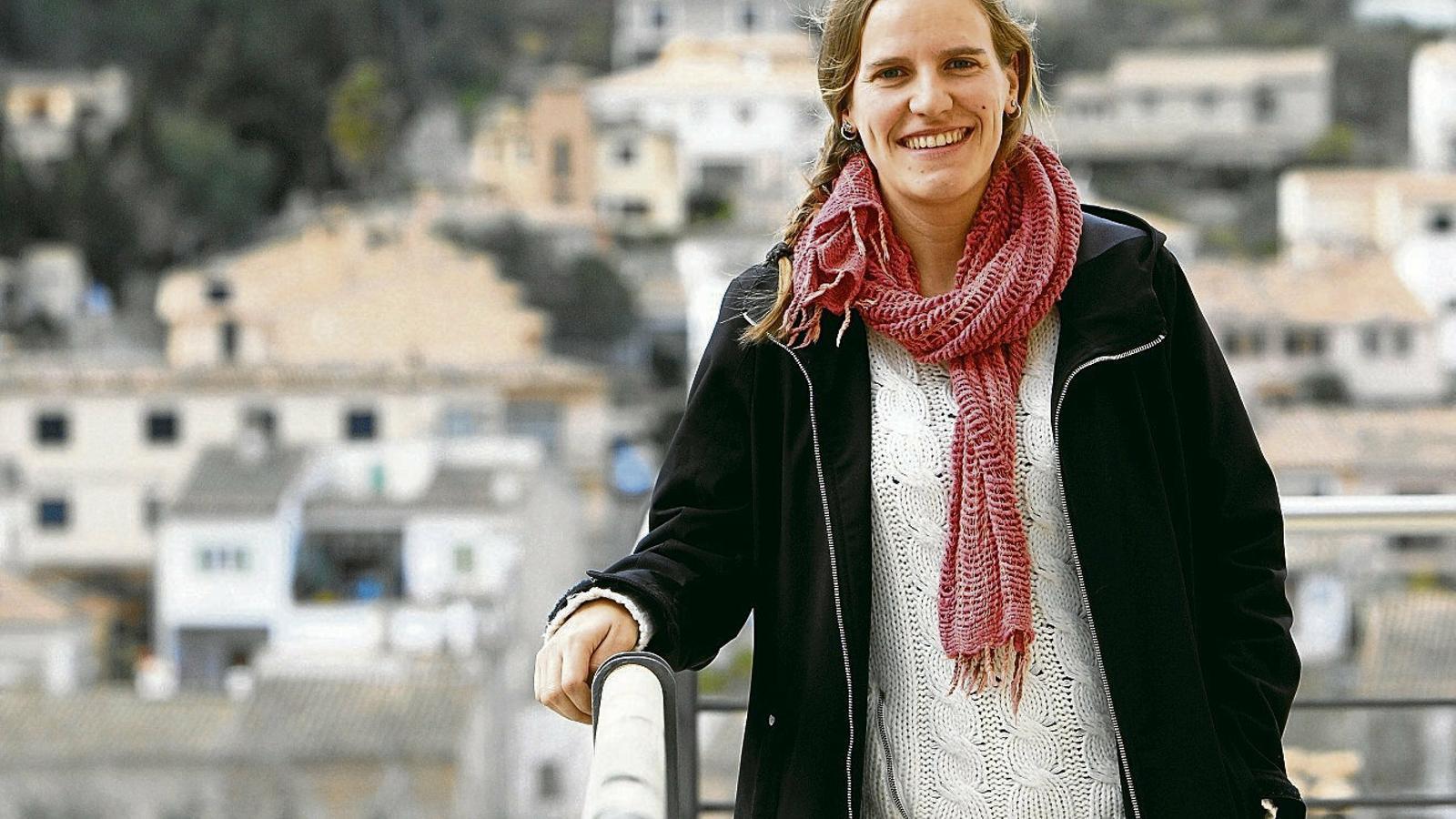 """Margarida Barceló """"La personalitat de cada raor el fa més  O menys vulnerable A la pesca"""""""