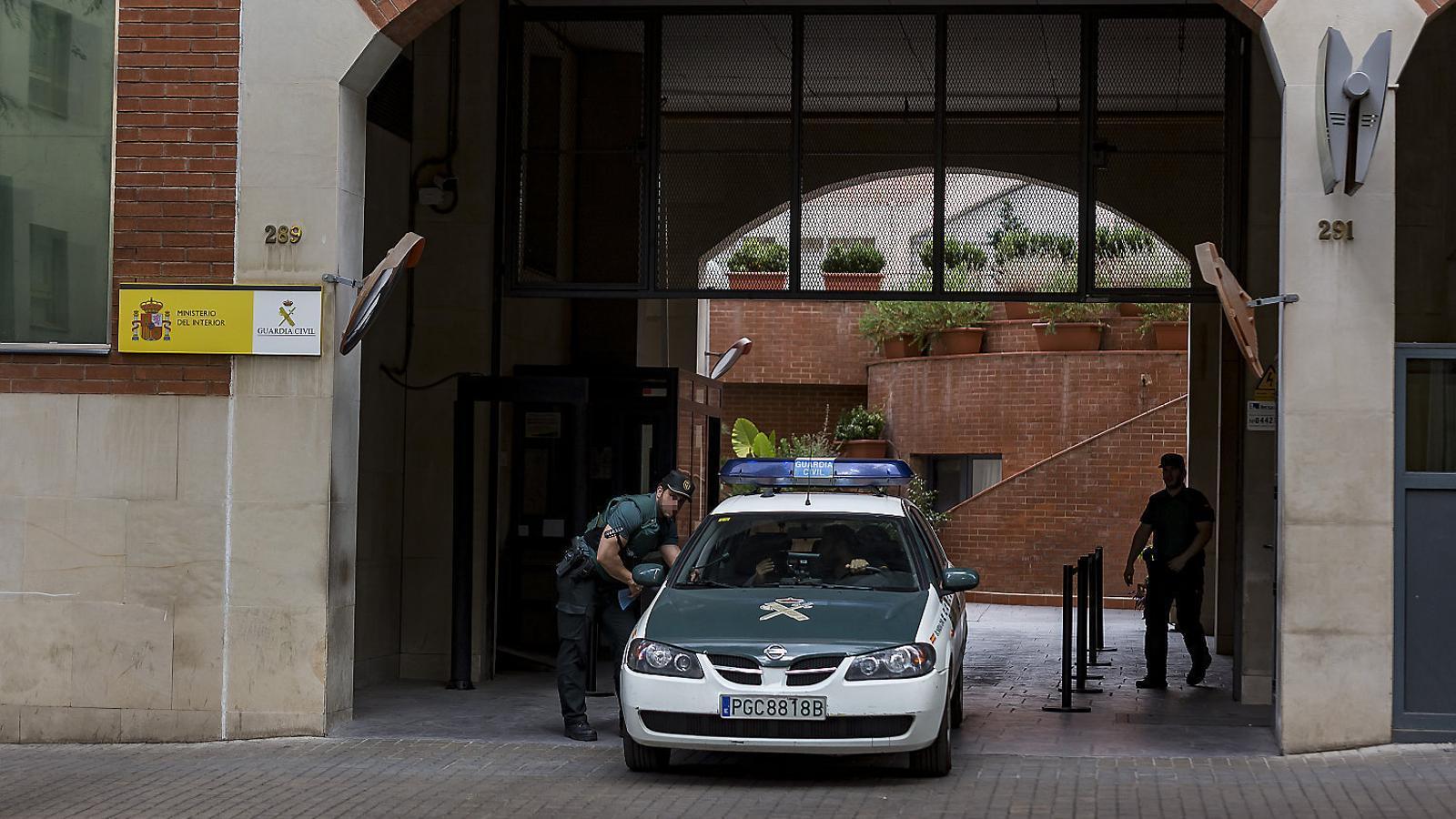 Policia Nacional i Guàrdia Civil qüestionen l'actuació dels Mossos