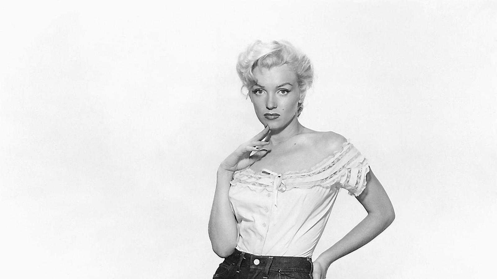 Marilyn Monroe amb texans, una peça que va popularitzar entre les dones