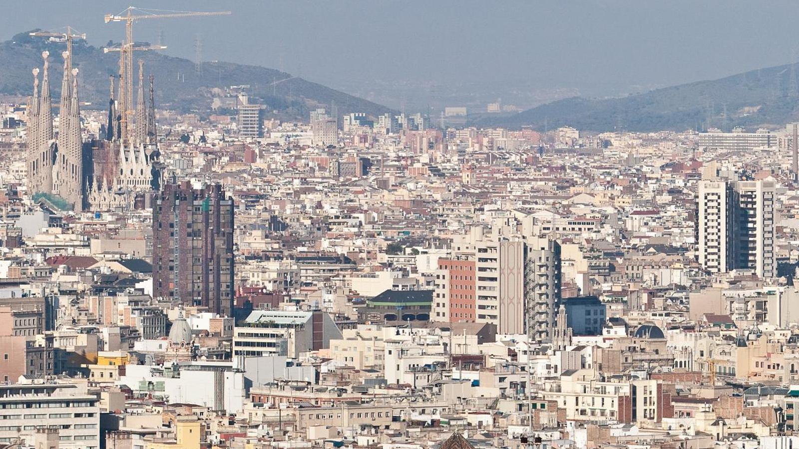 La inversió estrangera es desploma un 40% el primer semestre a Catalunya mentre que es manté estable al conjunt de l'Estat
