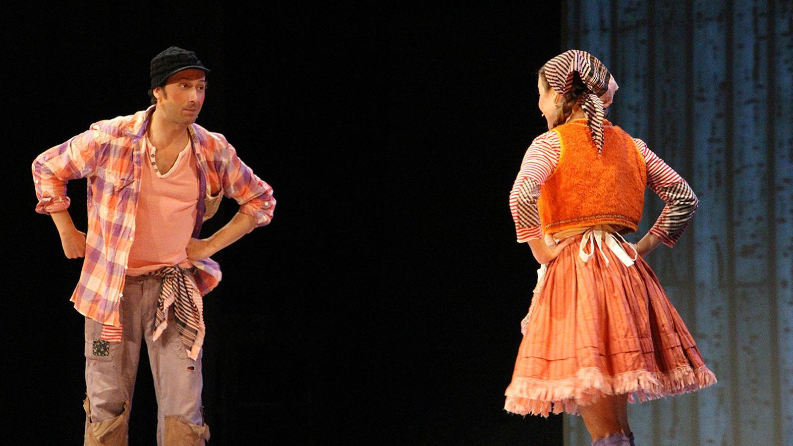 Hansel i gretel sobre l'escenari. / M. M. (ANA)