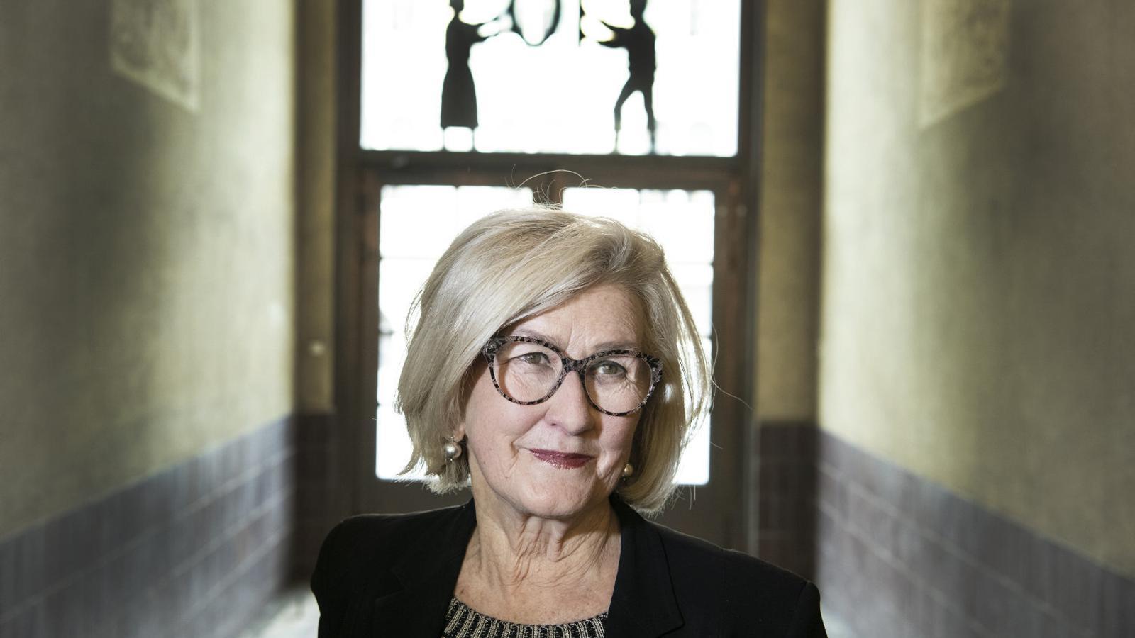 """Ann Pettifor: """"La pandèmia és símptoma d'un sistema que cal canviar"""""""