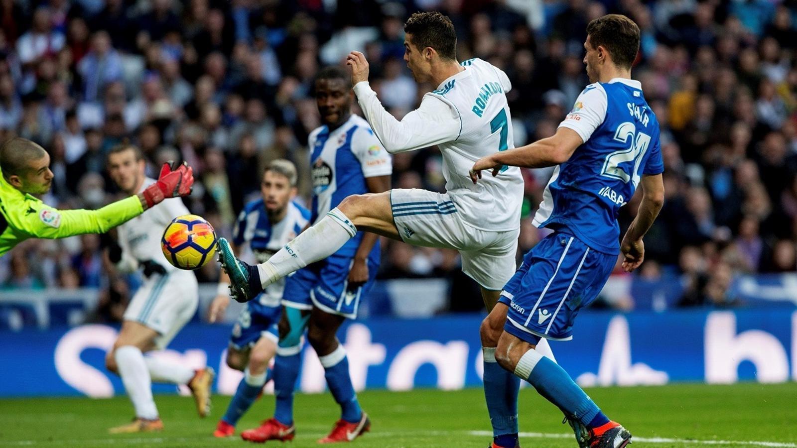 Cristiano Ronaldo durant el partit davant el Deportivo de La Corunya