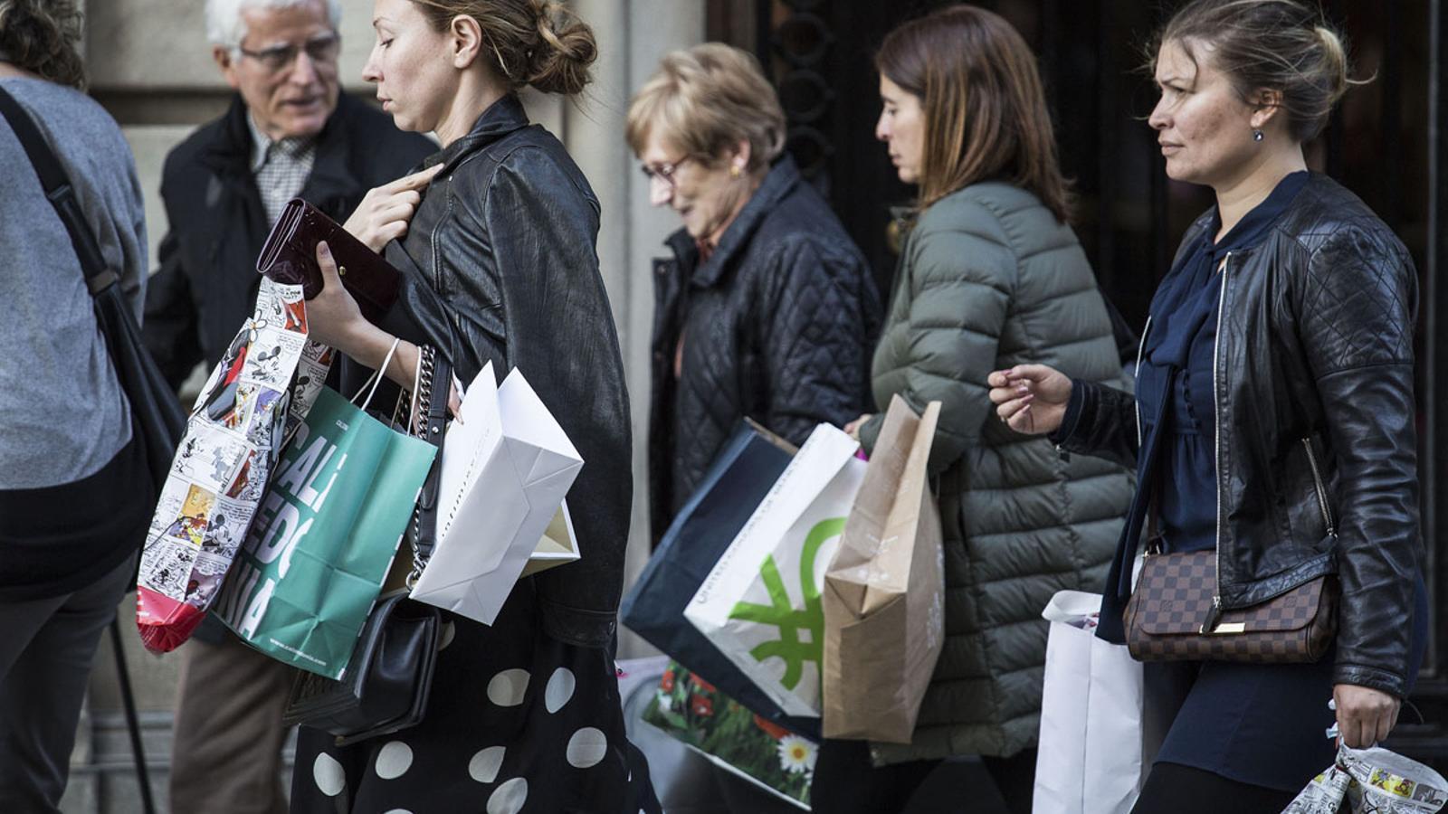 El Black Friday porta rebaixes a tots els comerços aquest divendres 27 de novembre / PERE VIRGILI