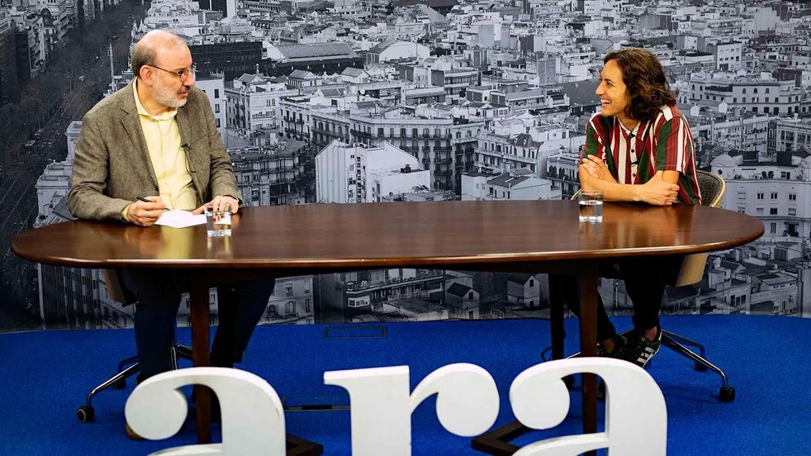 Entrevista d'Antoni Bassas a Natalia Arroyo