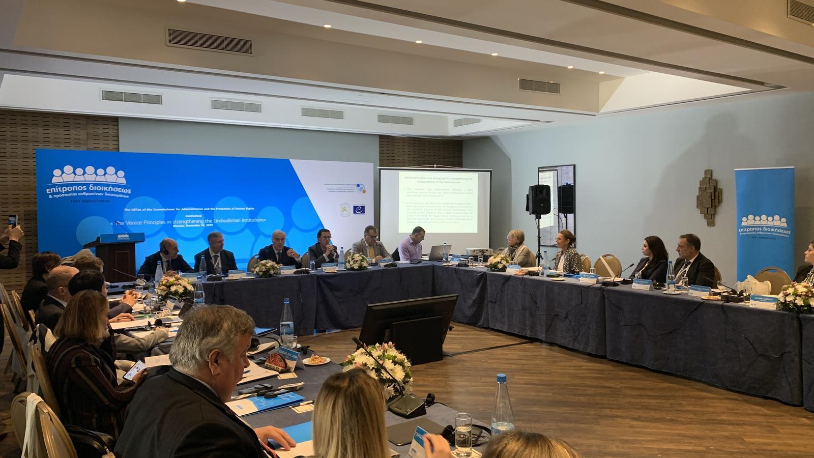 Trobada entre els defensors dels drets de la ciutadania de diferents països europeus a Xipre. / RAONADOR DEL CIUTADÀ