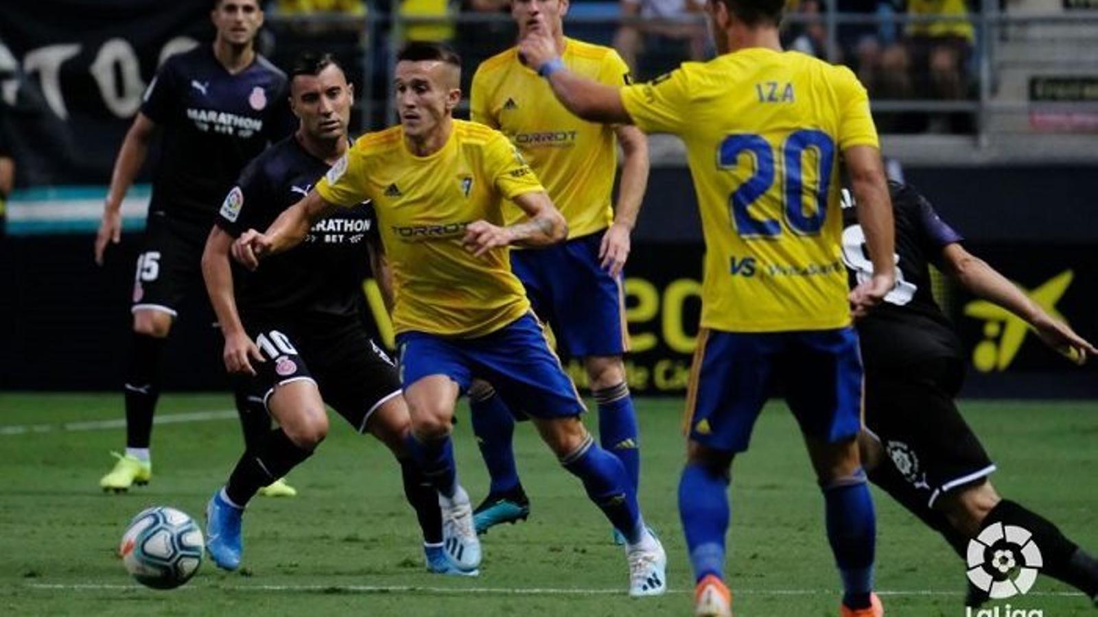 El Cadis es va imposar al Girona al Ramón de Carranza (2-0) / LA LIGA SMARTBANK