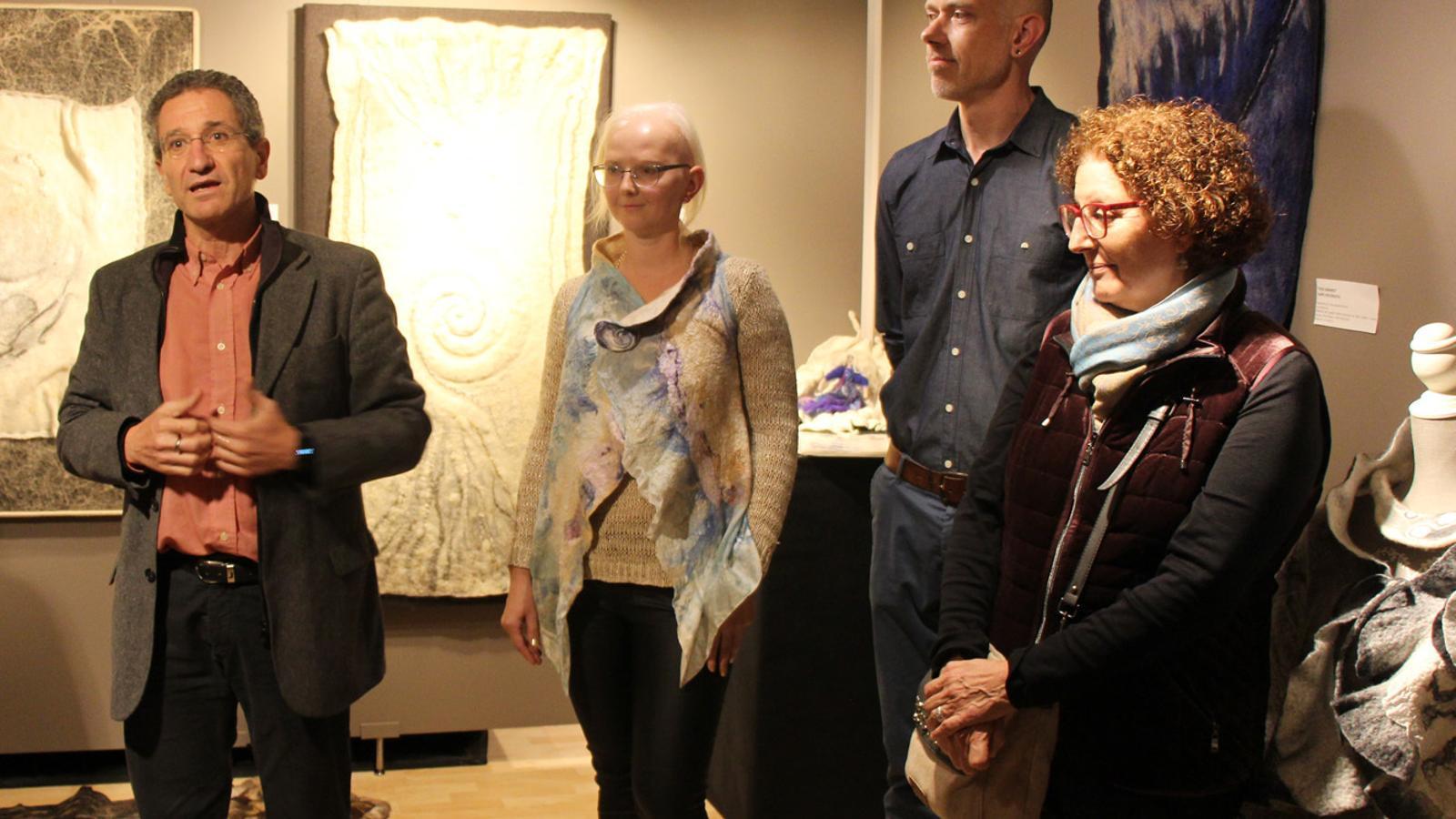 Obertura de les XII Jornades tèxtil i de puntaires d'Escaldes-Engordany amb Pierre Fouché, Linda Prema i Marutxi Beaumont. / T. N. (ANA)
