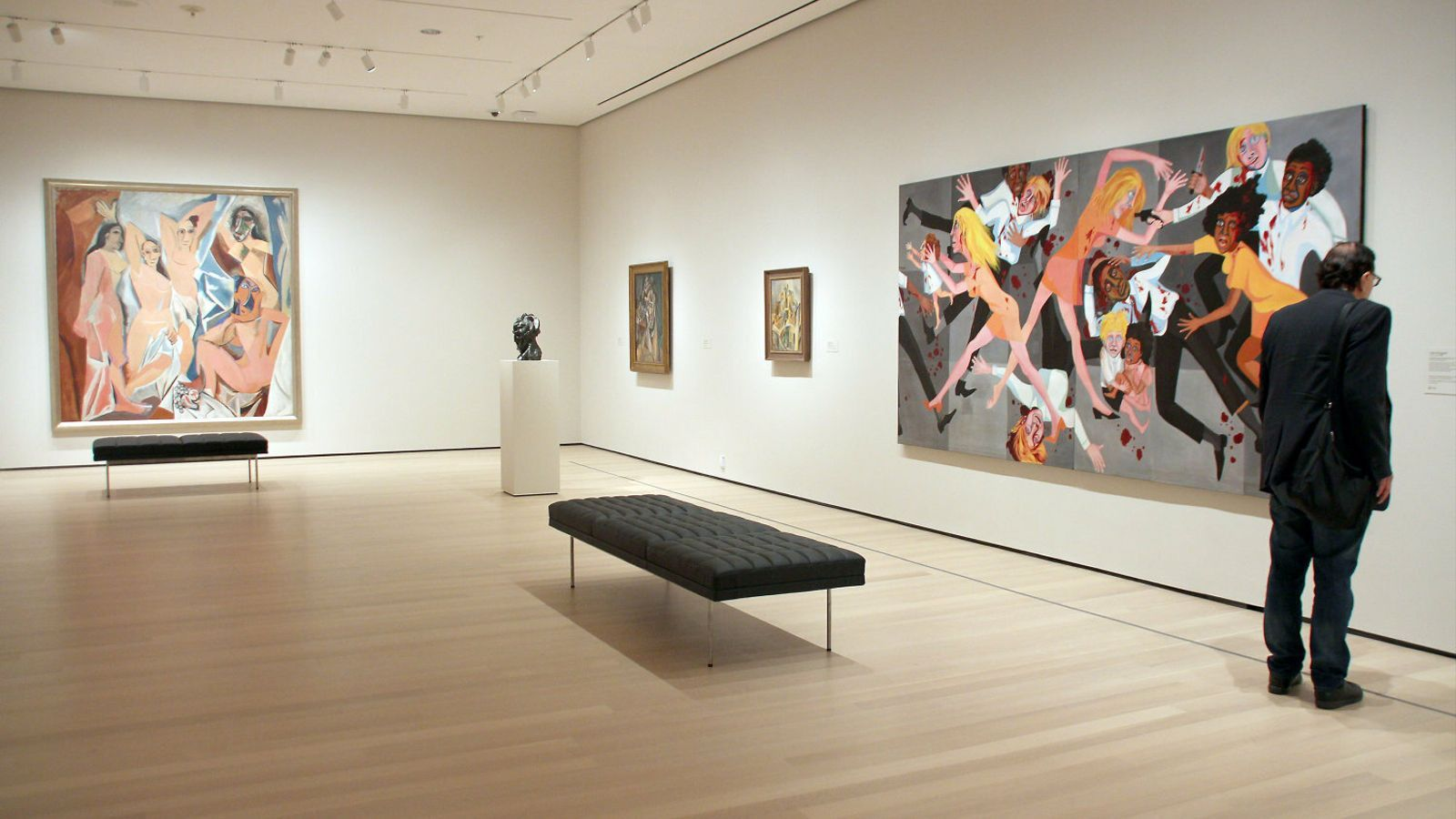 01. La sala del MoMA amb Les senyoretes del carrer d'Avinyó. 02. Una instal·lació de David Tudor al museu.