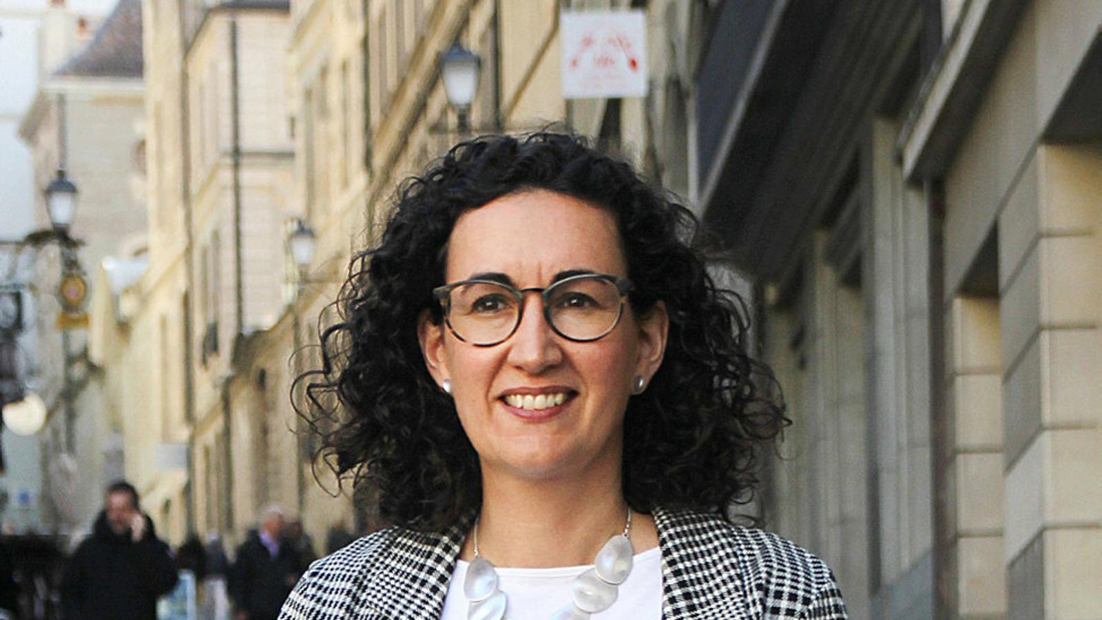"""Marta Rovira: """"No hem de tenir complexos per agafar la bandera del diàleg i la negociació"""""""