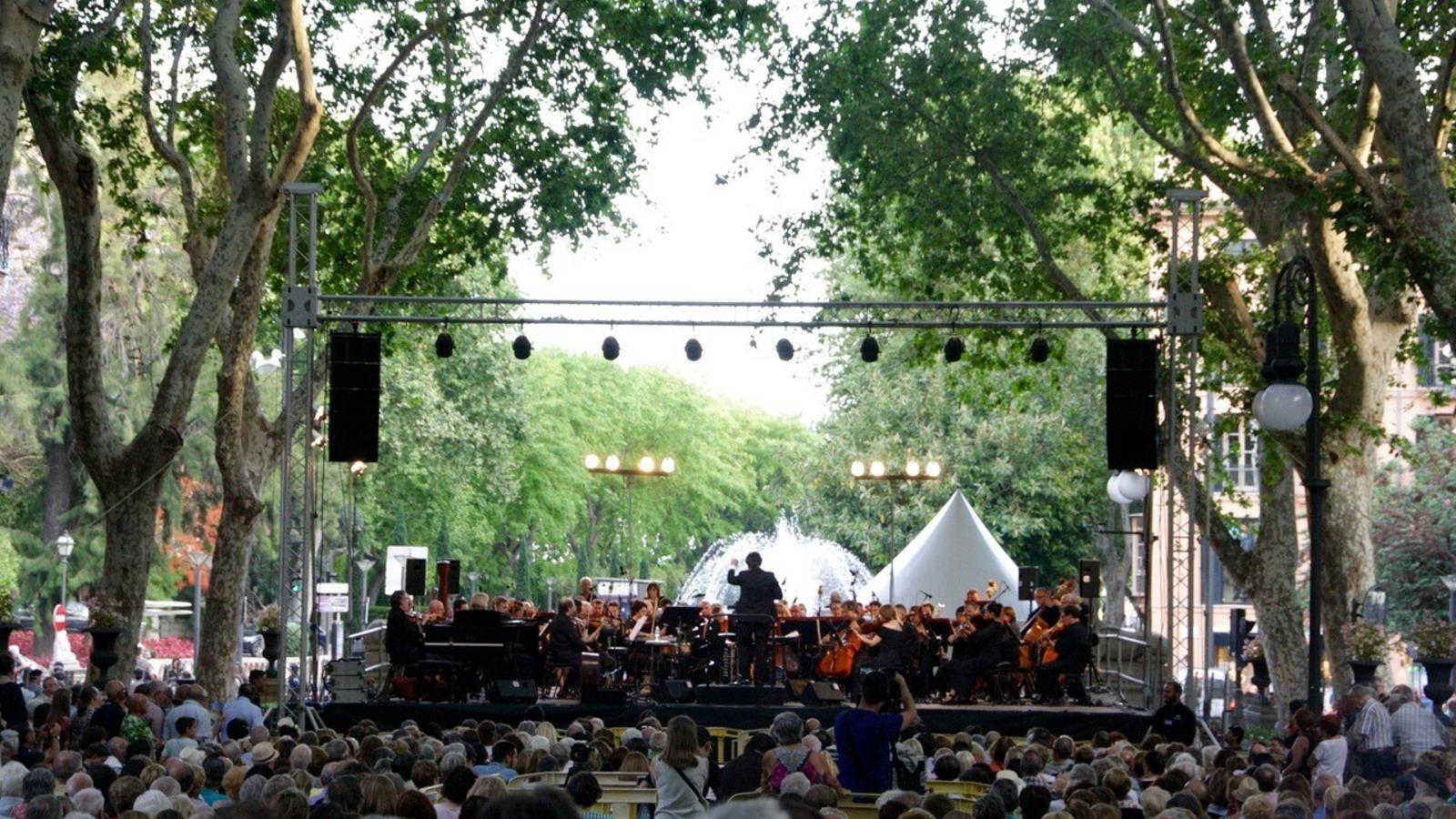 La Simfònica interpretarà aquest vespre al Passeig del Born els millors musicals de la història