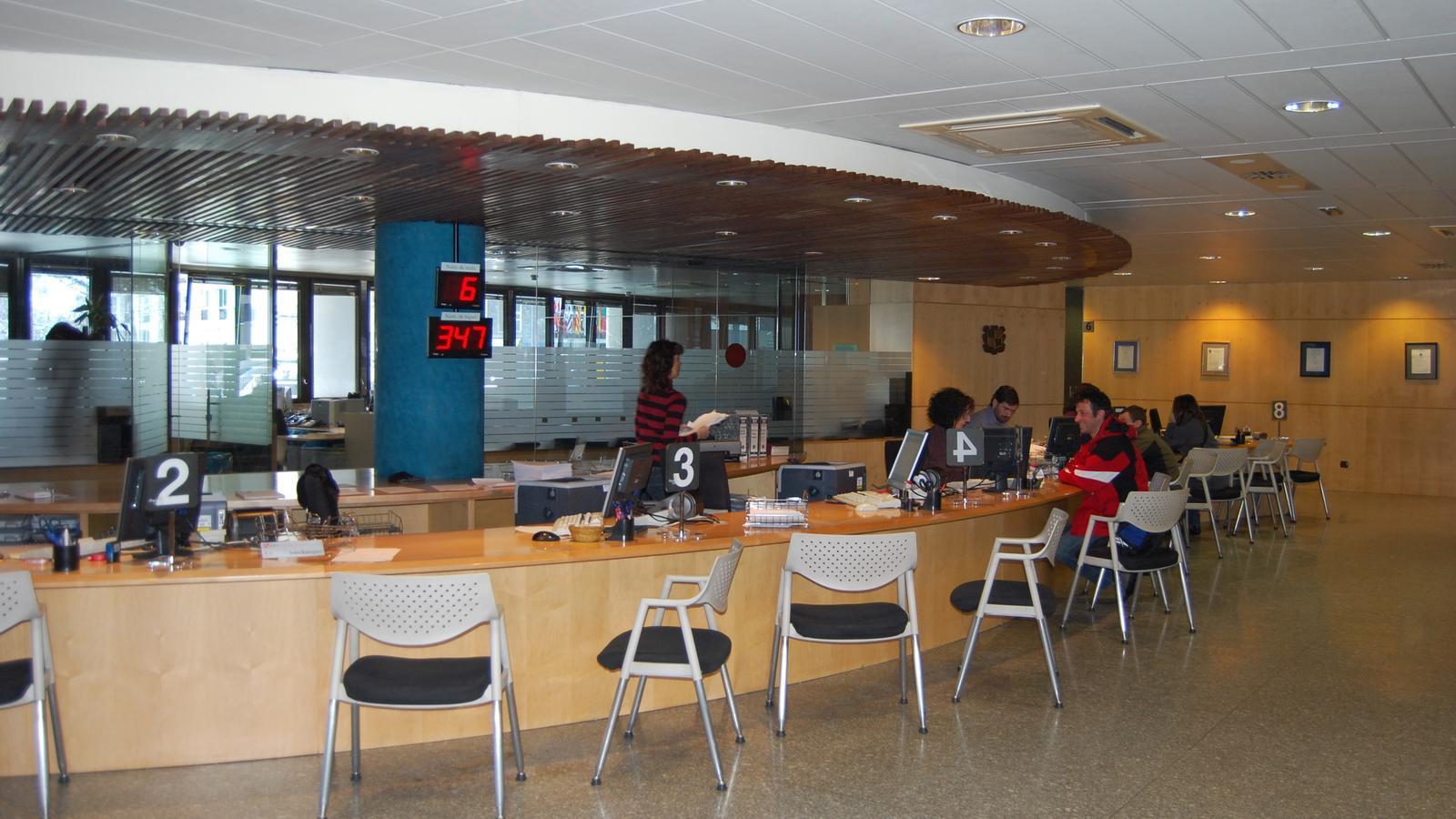 El Servei de Tràmits del Govern, a la planta baixa de l'edifici administratiu. / ARXIU ANA