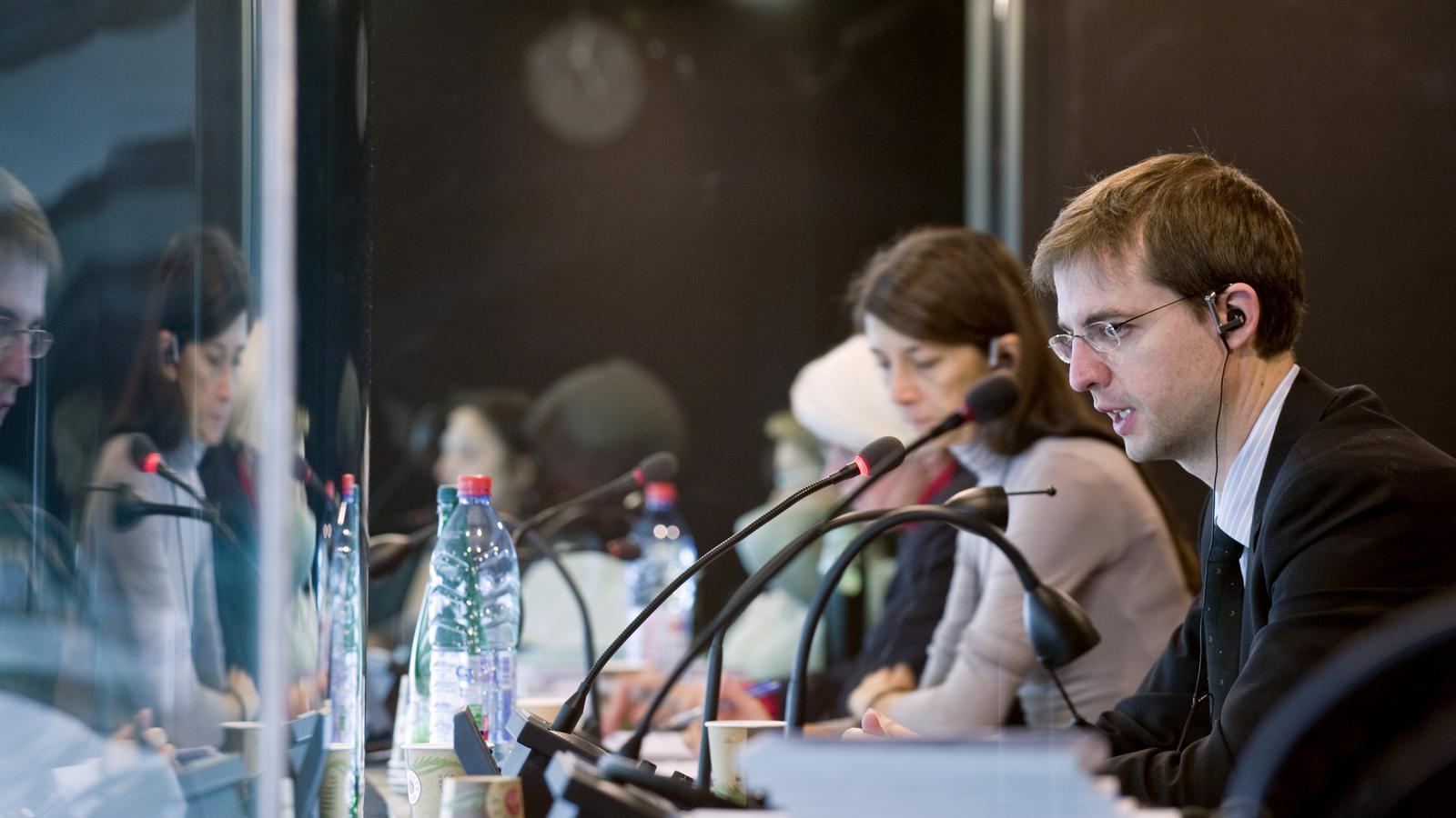 Intèrprets a les cabines del Parlament Europeu