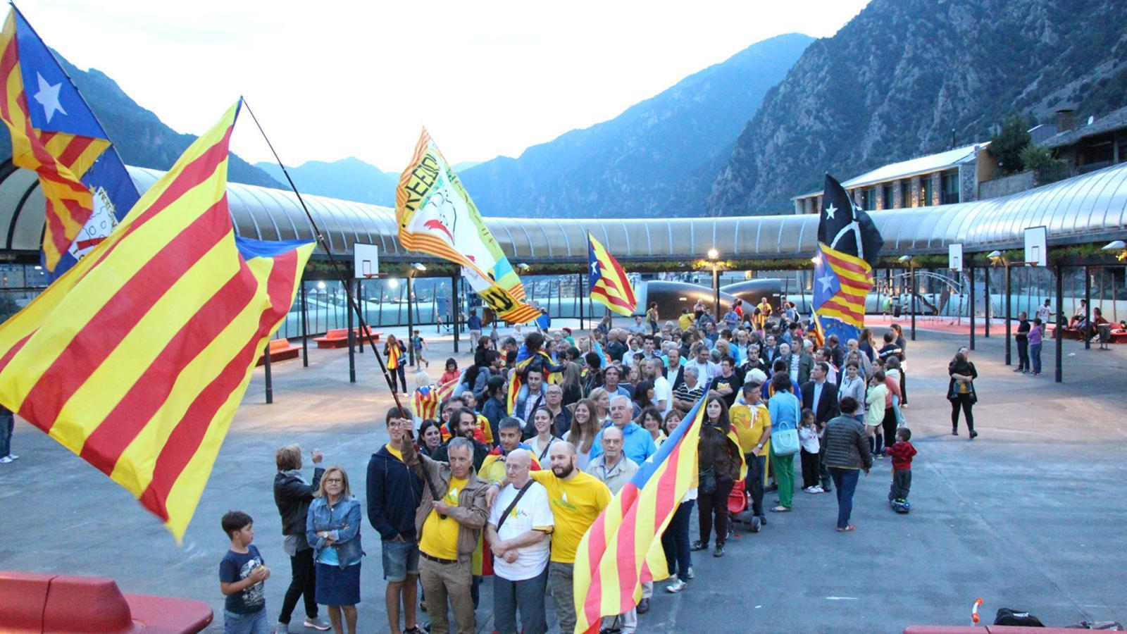 Imatge del punter creat pels assistents a la Via Lliure a Andorra / B.N.