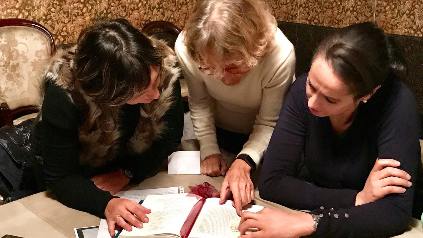 Un grup de participants en el joc d'escapada. / SFG