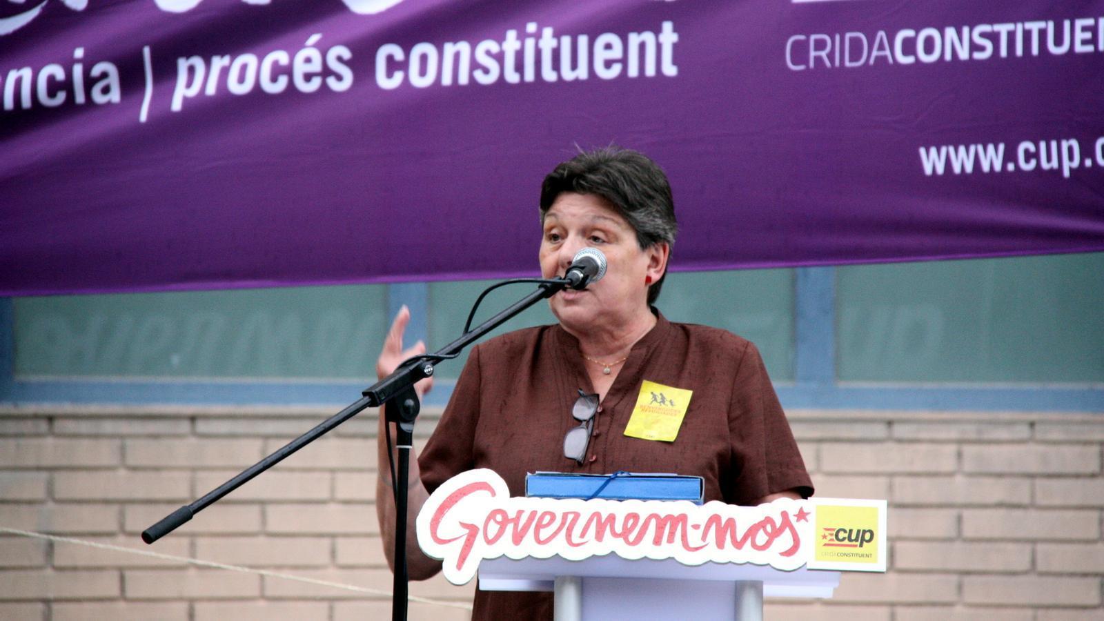 Gabriela Serra, en un míting a l'Hospitalet