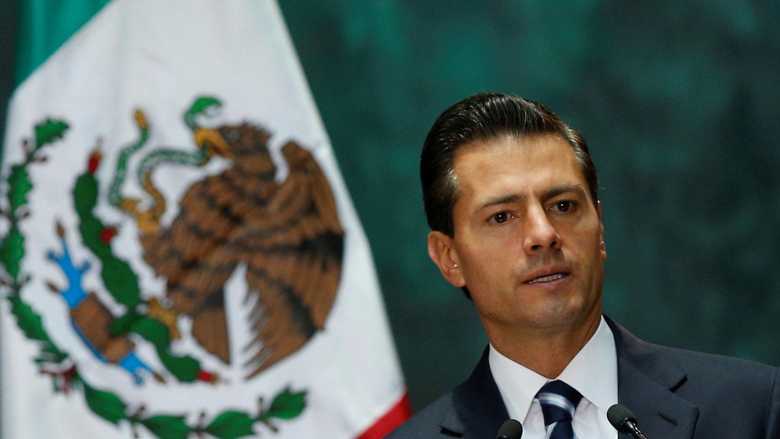 El president de Mèxic va plagiar el 29% de la seva tesi