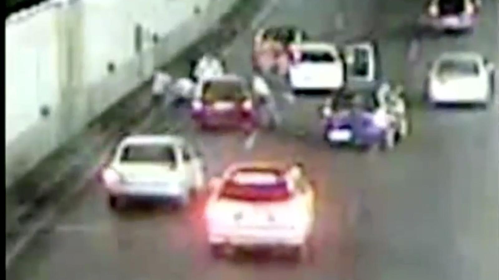 Cinc detinguts per apallissar els ocupants d'un cotxe a la M-30, a Madrid, després d'una discussió