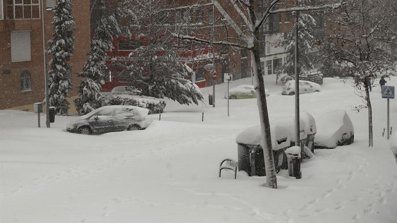 Madrid cobert de neu