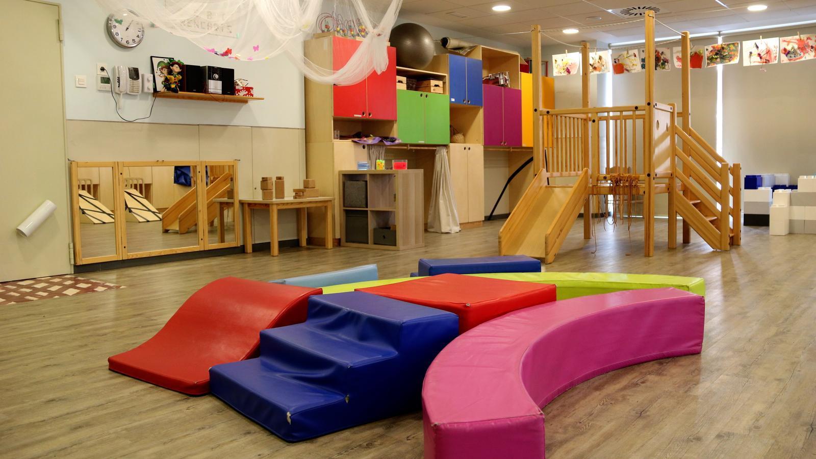 Barcelona reserva 220 plazas para niños con necesidades educativas especiales, pero atiende el triple