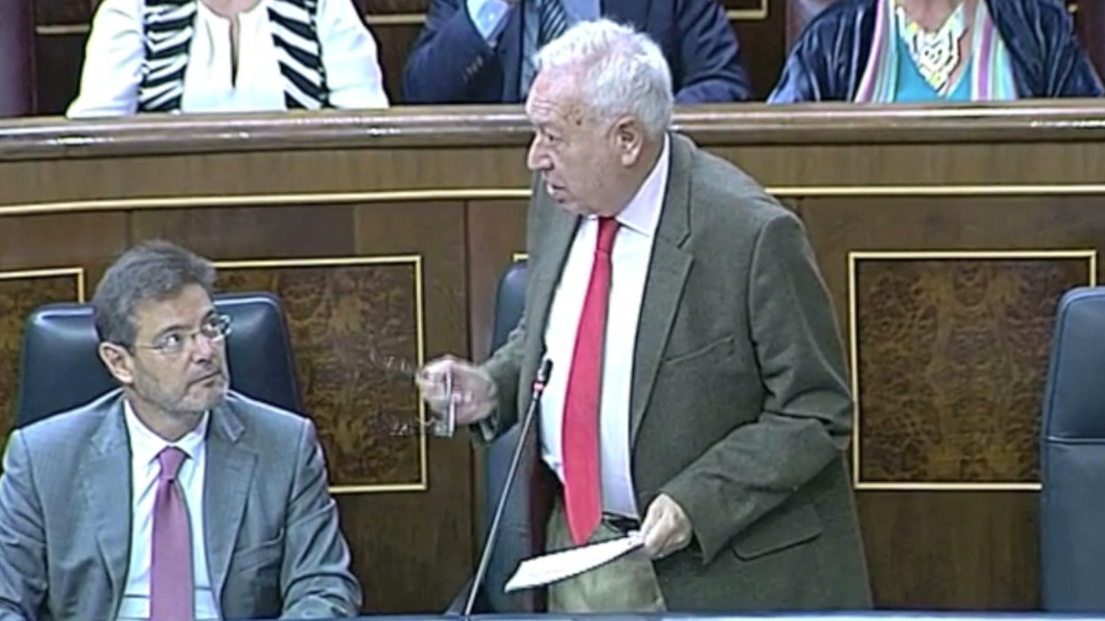Margallo envia Xuclà al psiquiatre i Posada li para els peus