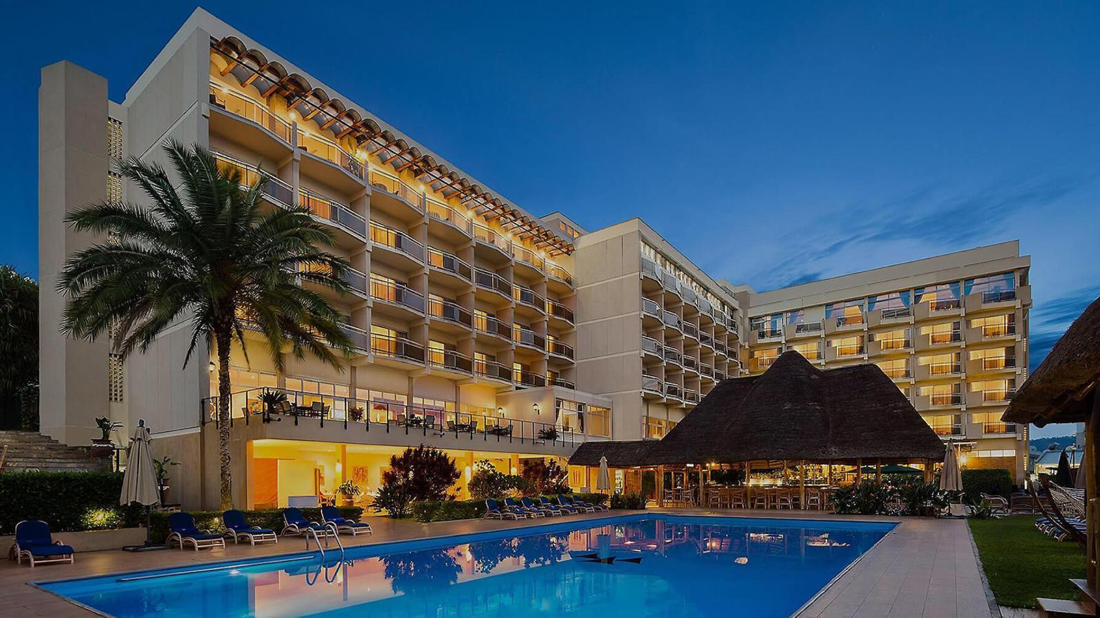 Actualment  l'Hotel des Milles Colines continua sent un dels millors de Kigali.
