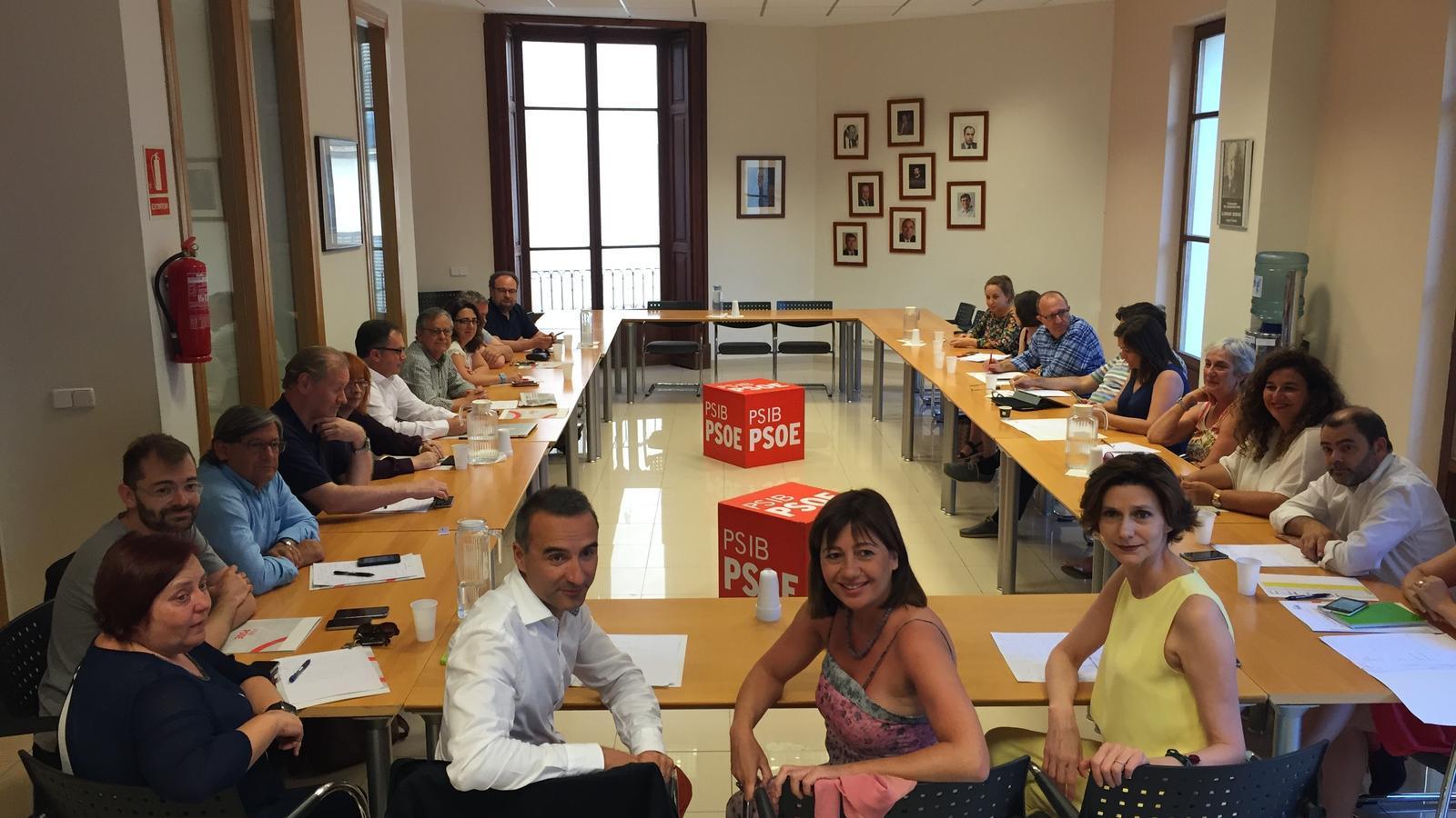 La presidenta, Francina Armengol, ha encapçalat l'executiva del PSIB