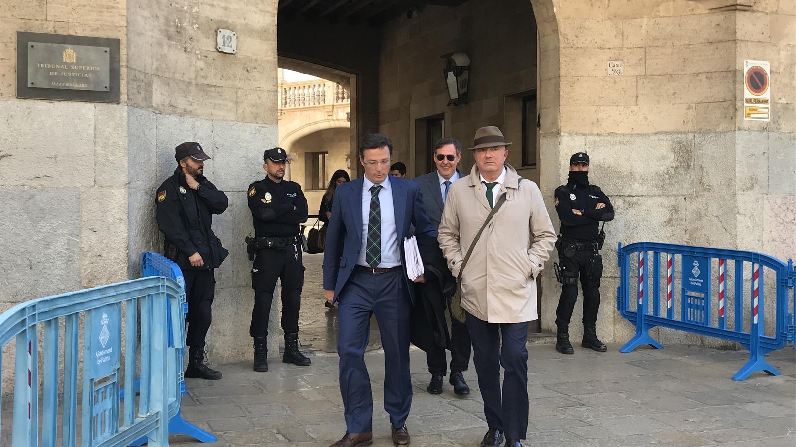 Un informe policial acusa Penalva i Subirán d'utilitzar el Ico a canvi de beneficis judicials