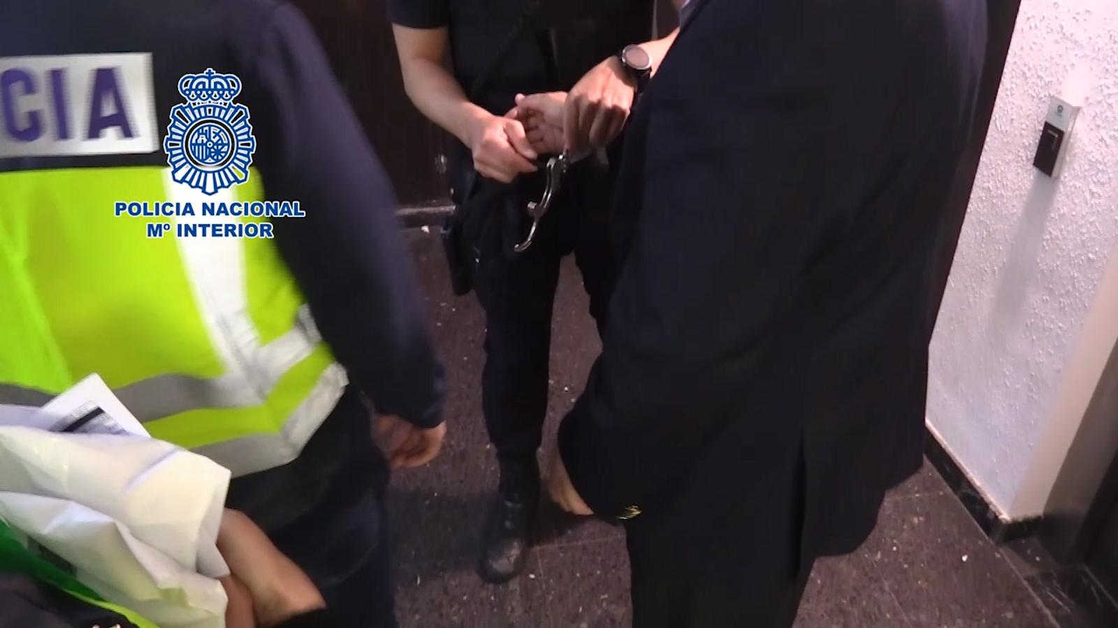 Les imatges de la detenció de l'empresari mexicà Alonso Ancira.