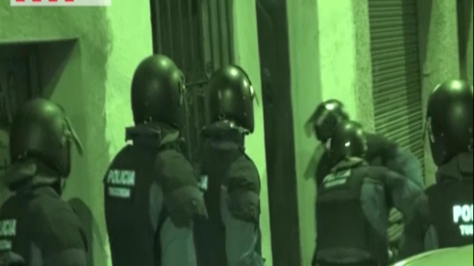 Vídeo dels escorcolls dels Mossos durant l'operació contra grups anarquistes
