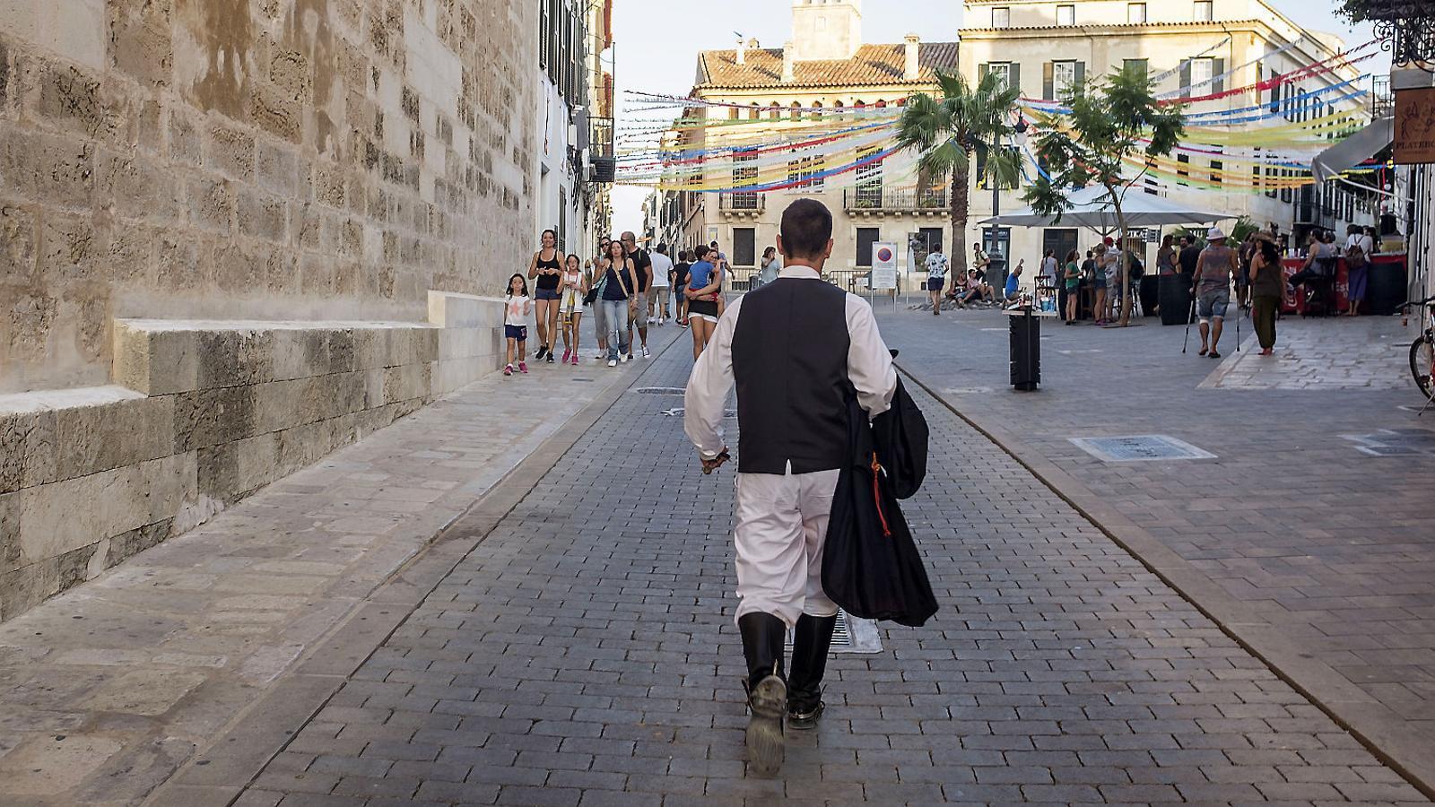 Menorca encara les festes sense 'jaleos' ni aglomeracions