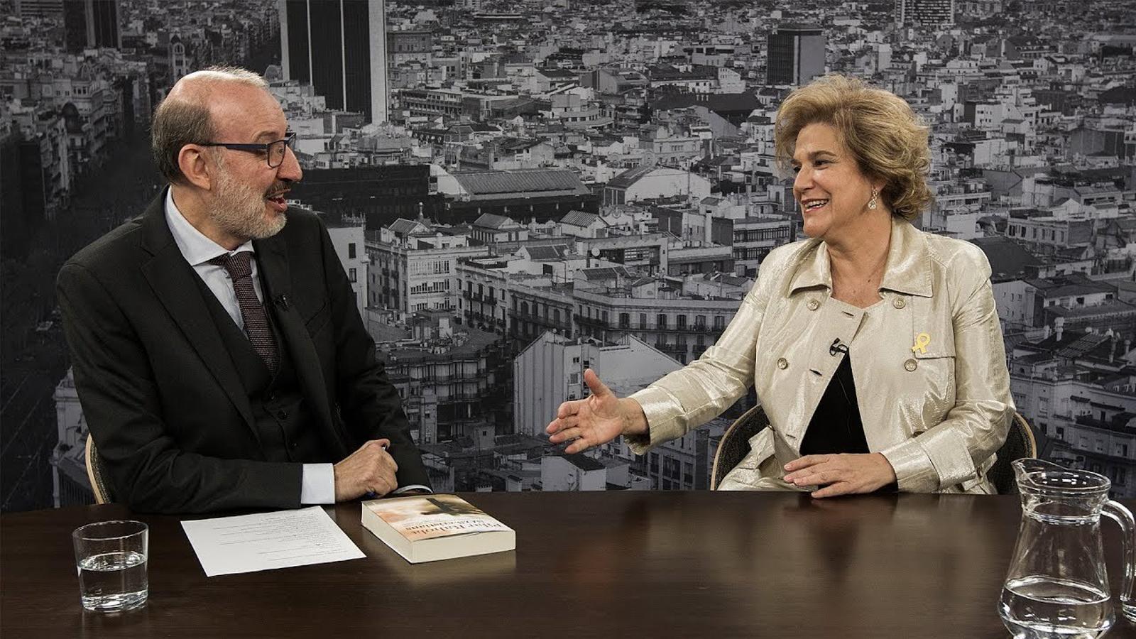 Entrevista d'Antoni Bassas a Pilar Rahola