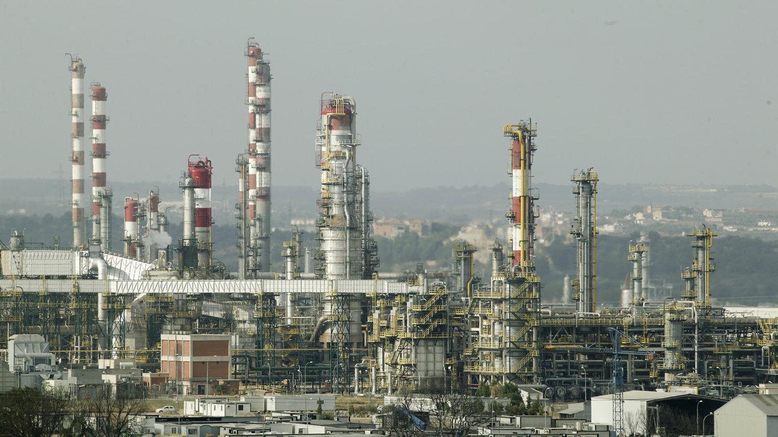 La indústria química no nota els efectes econòmics del Procés