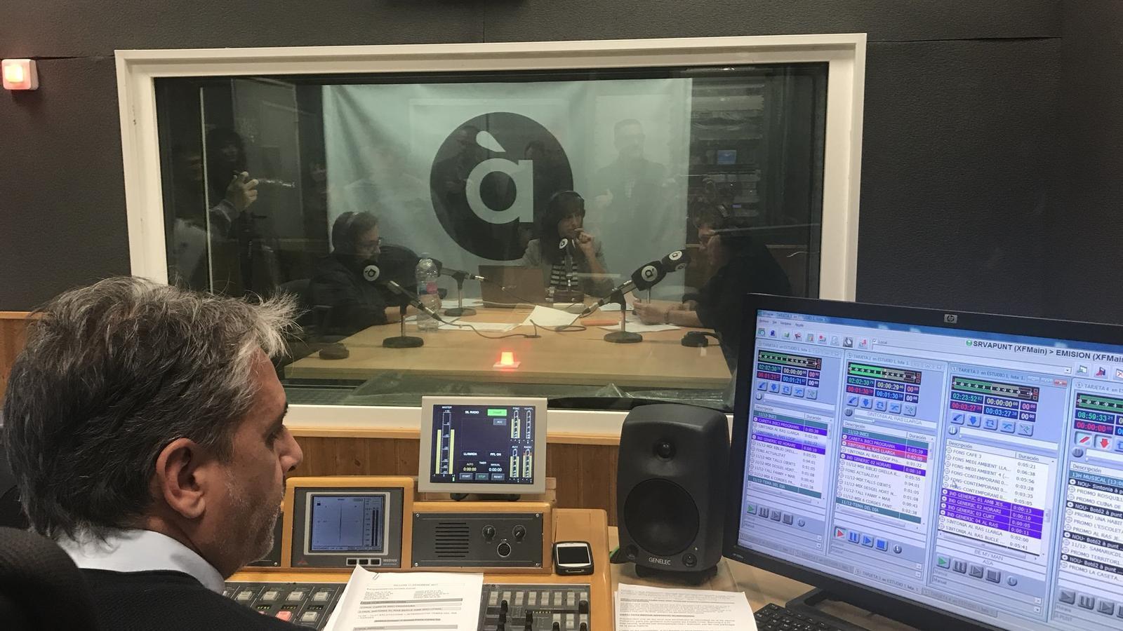 Quatre anys després, torna la ràdio pública valenciana
