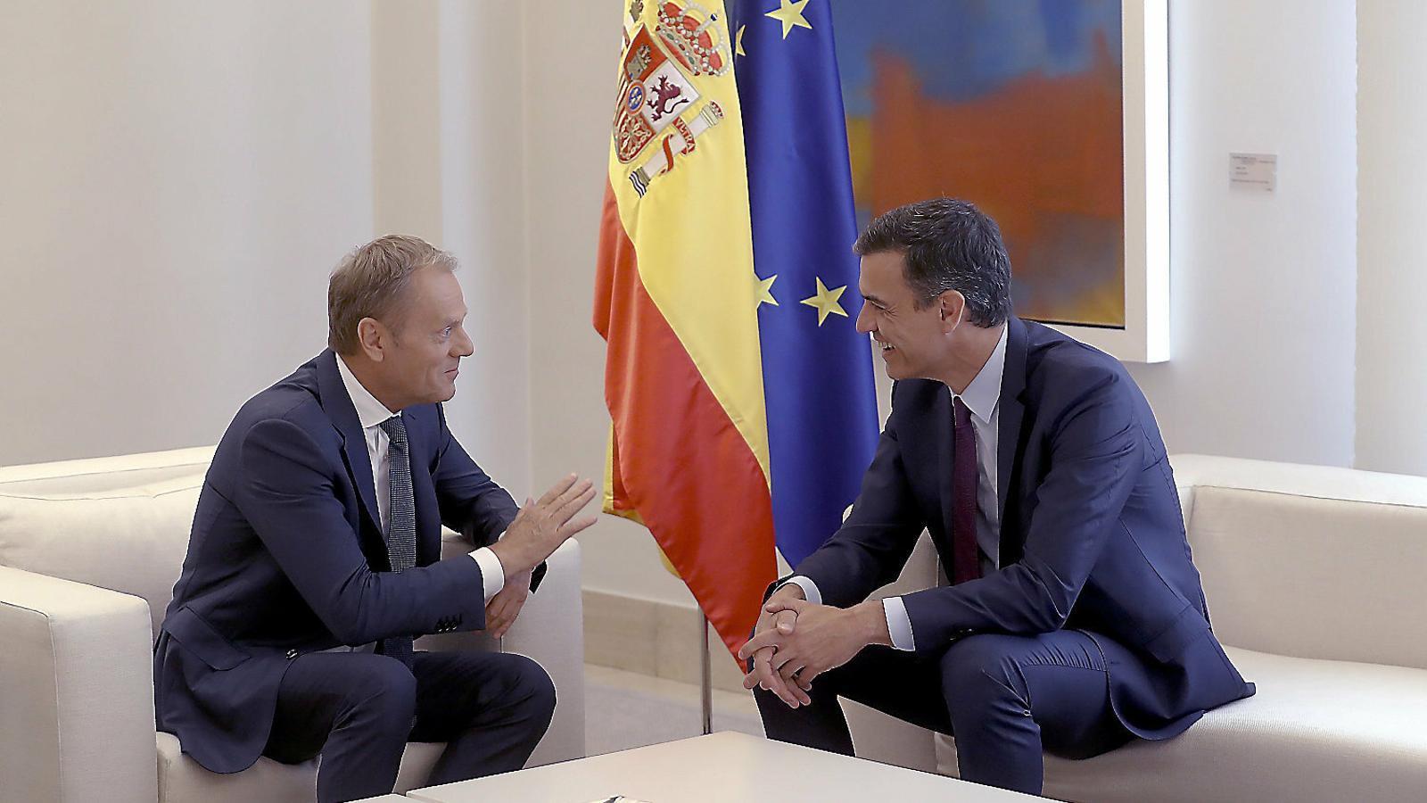 Pedro Sánchez es va reunir ahir a la Moncloa amb el president del Consell Europeu, Donald Tusk.
