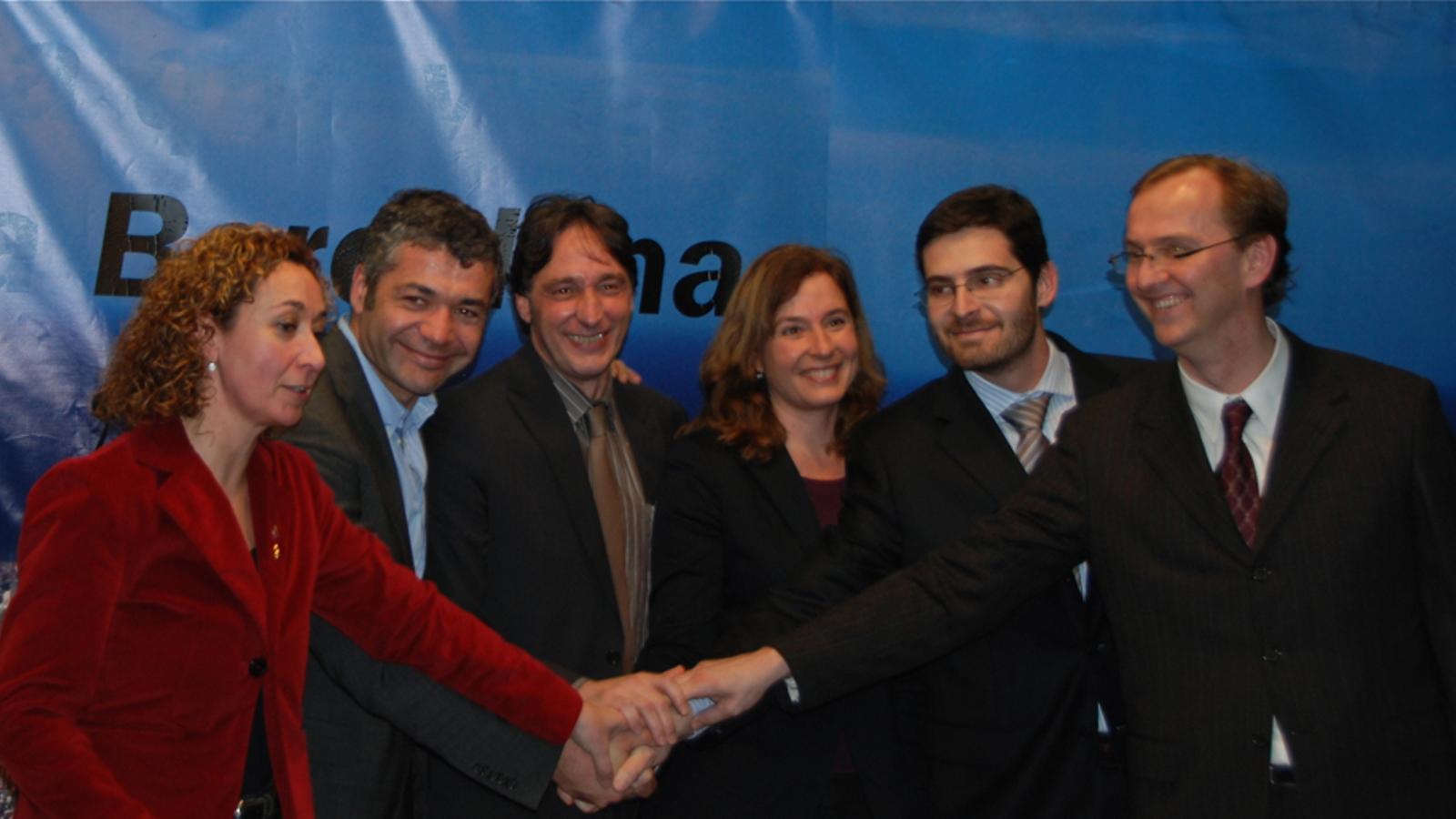 Els signants del pacte entre ERC i Reagrupament a Barcelona