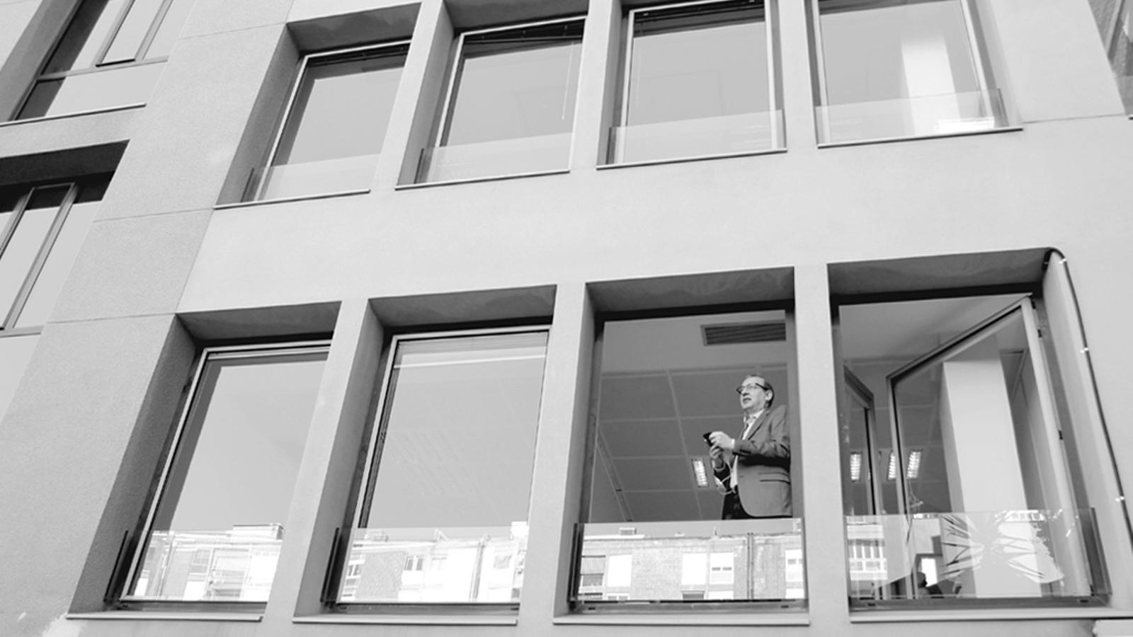 L'Editorial d'Antoni Bassas: 'I el corralito va aparèixer a Andorra' (17/03/15)