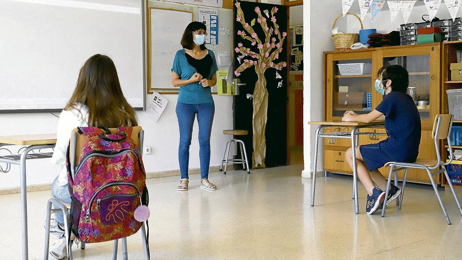Les Balears, a la coa de                     la despesa en educació                 per habitant