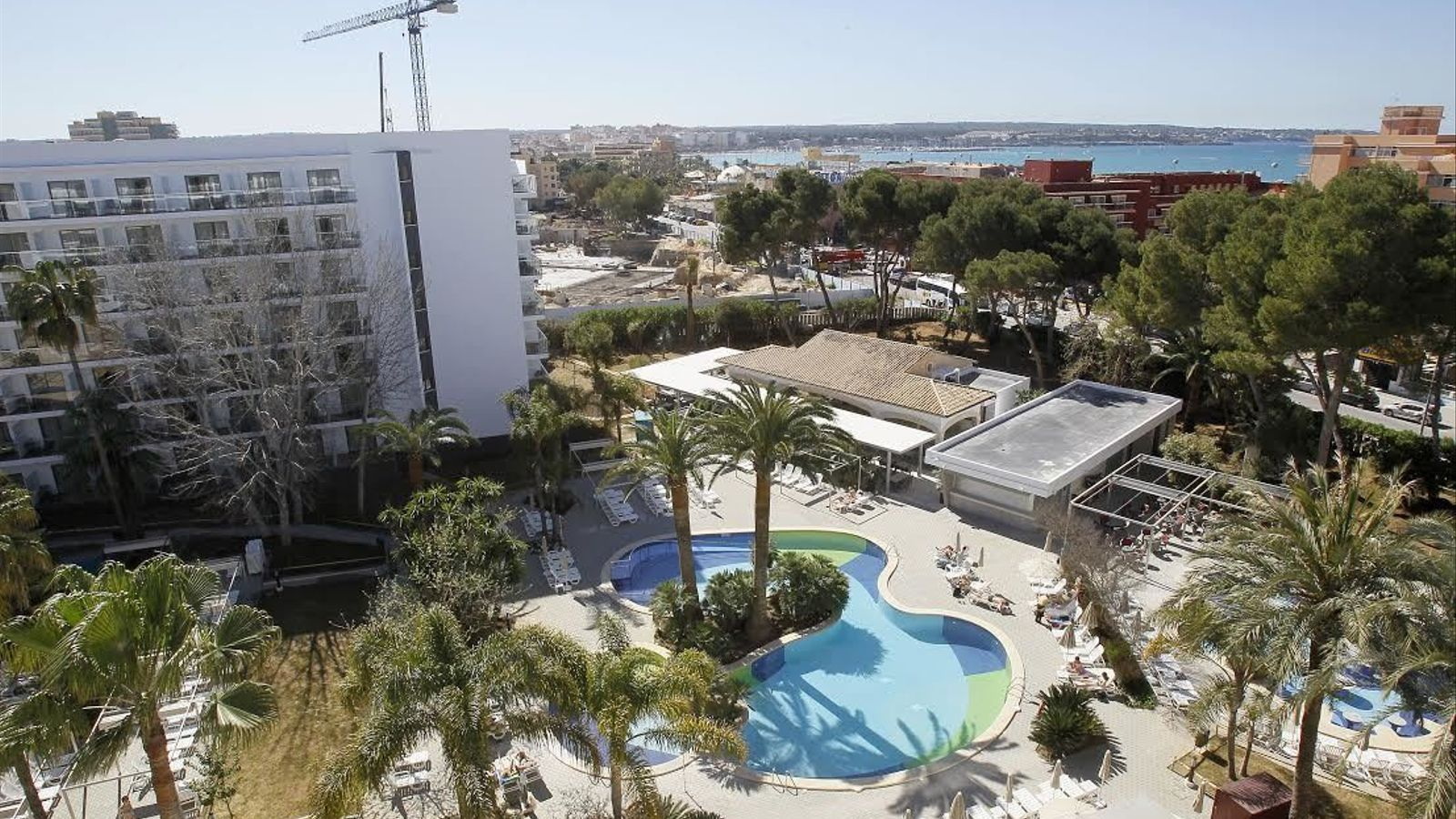 La llei Barceló permet ampliar hotels eludint les normes territorials
