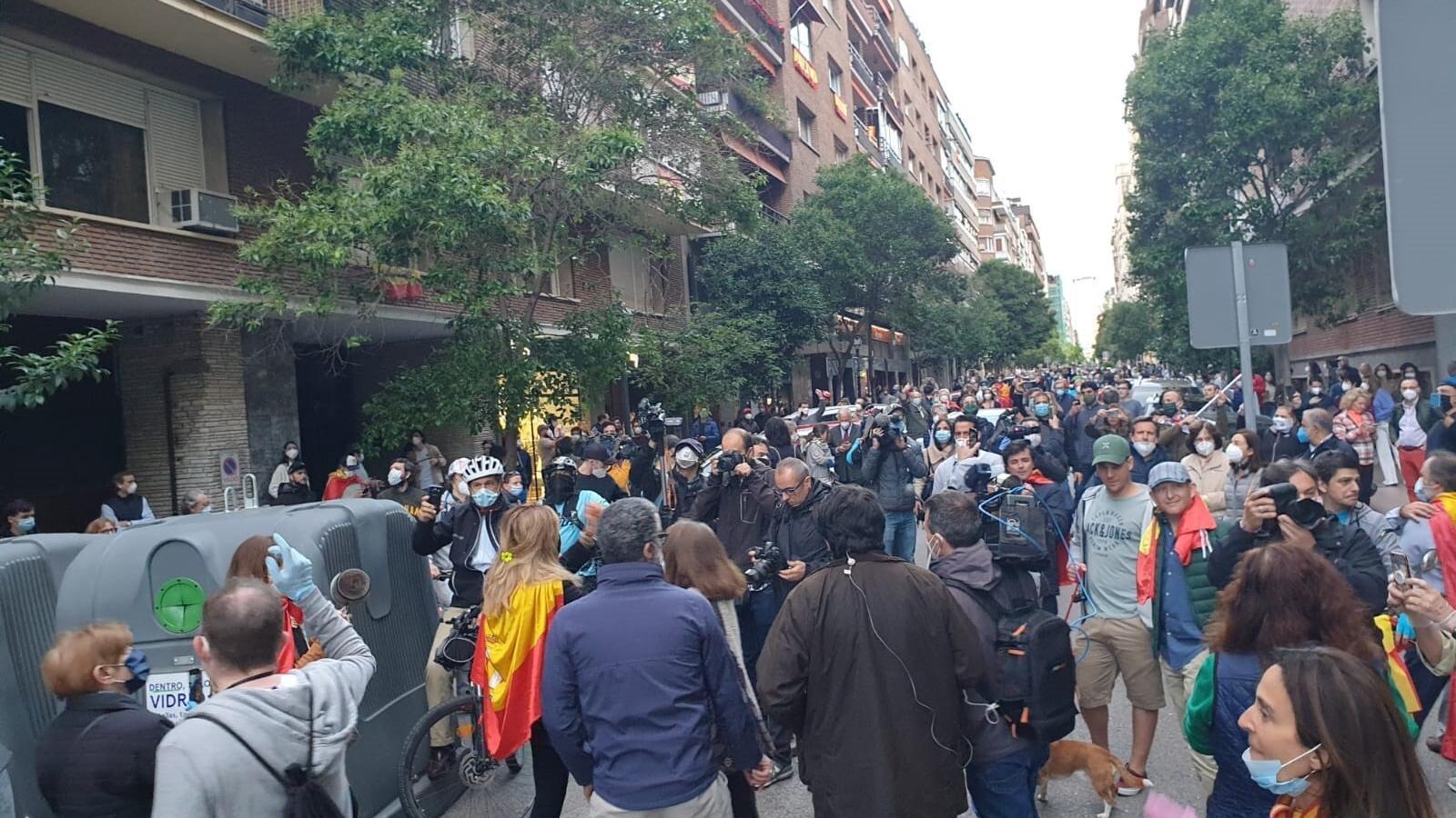 Manifestació contra el govern espanyol al carrer Núñez de Balboa ahir al barri de Salamanca de Madrid