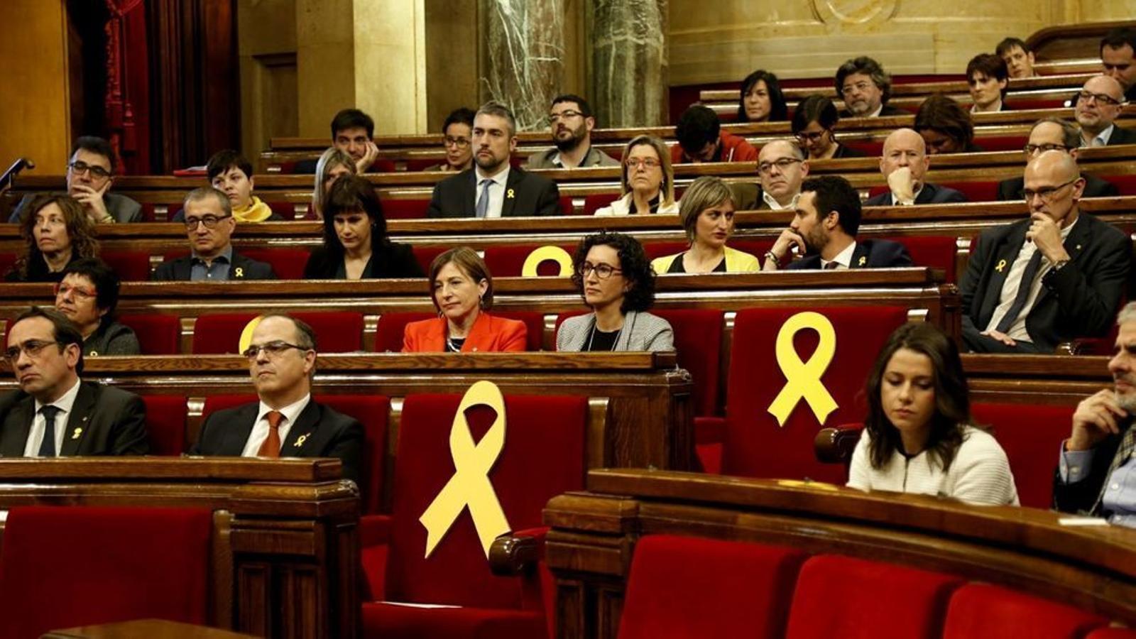 Arrenca la legislatura al Parlament marcada pels presos polítics i els exiliats