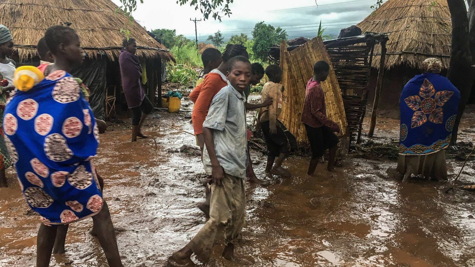 El president de Moçambic eleva a mil els morts pel cicló 'Idai'