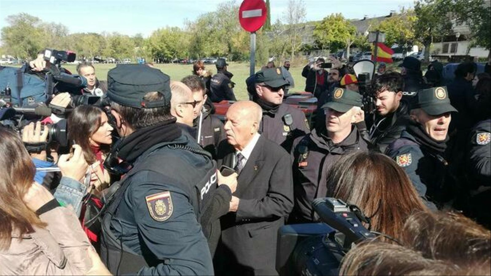 El colpista Tejero és rebut a Mingorrubio amb aplaudiments i crits de 'Viva España'