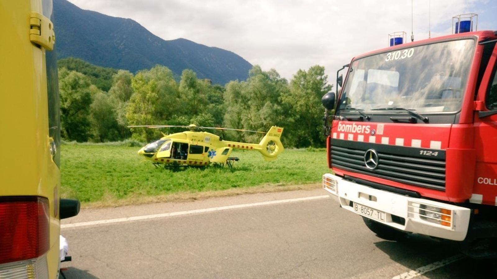 Un helicòpter en un accident del juny en la mateixa zona entre Organyà i Coll de Nargó. / Arxiu ANA