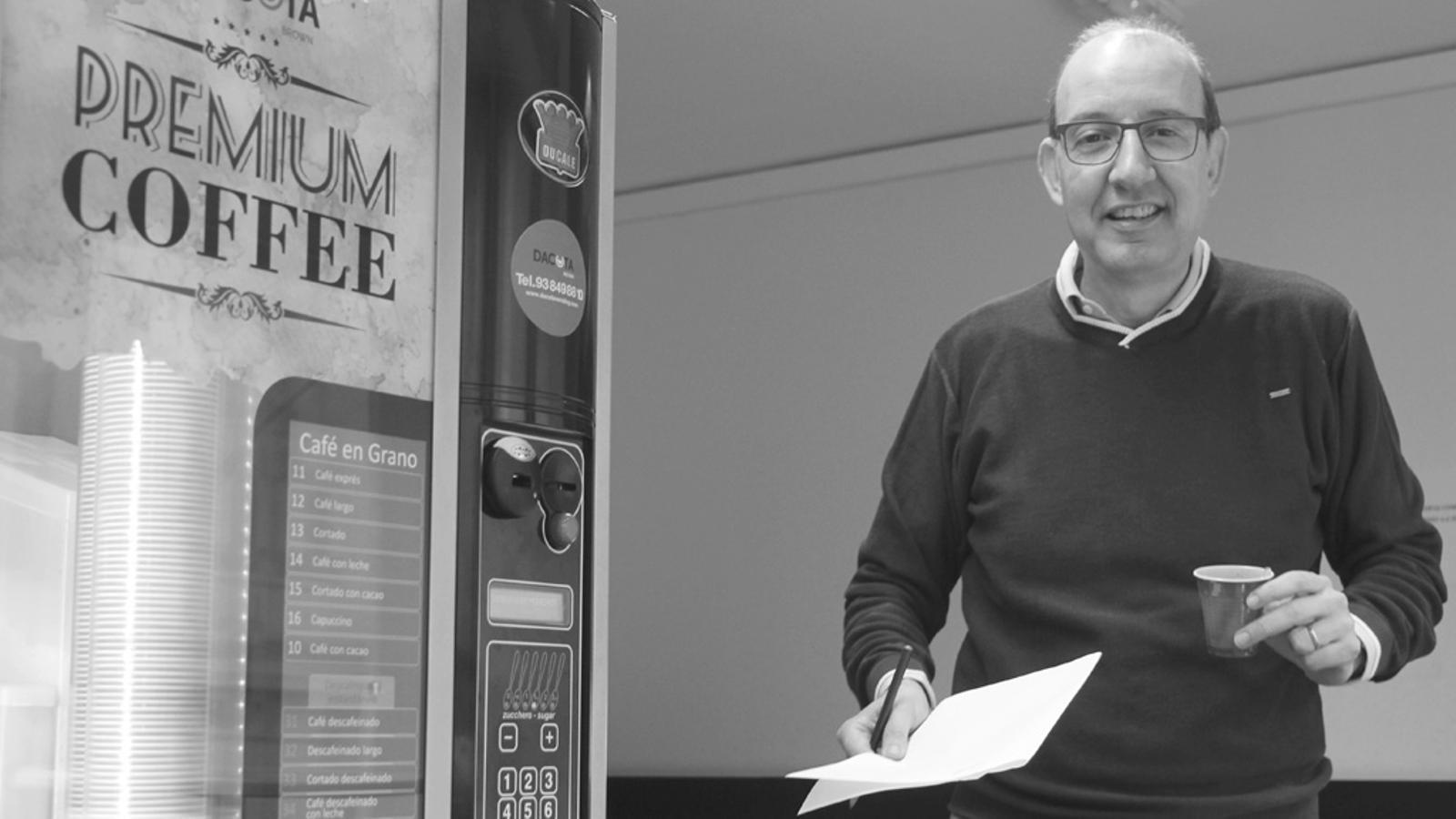 L'editorial d'Antoni Bassas: Esperar després de les eleccions espanyoles? (16/10/15)