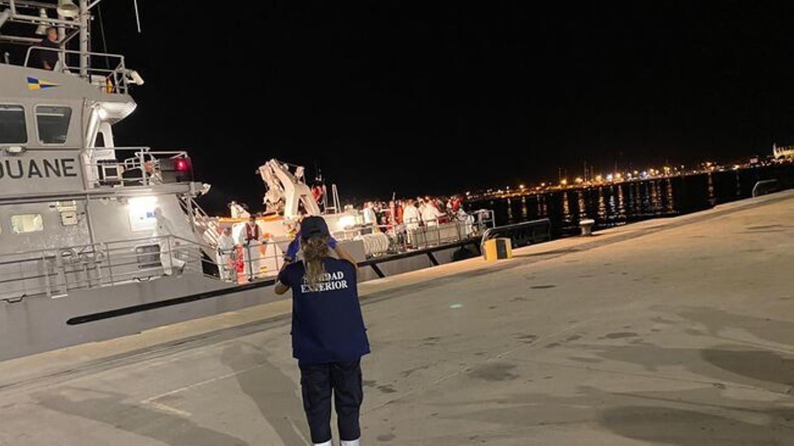 Intercepten tres noves pasteres amb 37 migrants a Mallorca