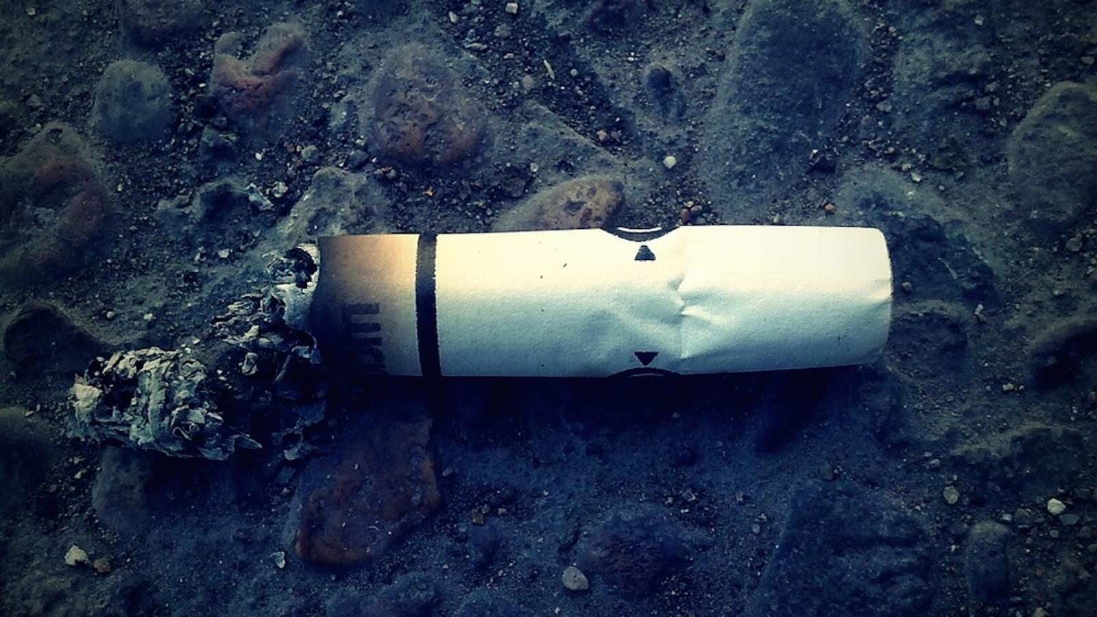 Aquí acaben les burilles de les teves cigarretes